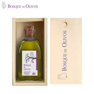 Solid pine box, with 250ml bottle organic EVOO